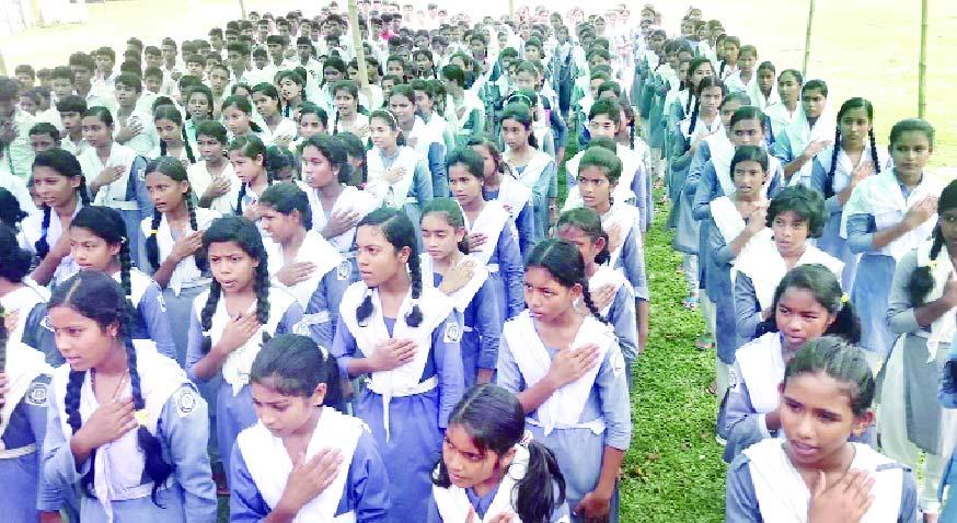 উলিপুরে বাল্যবিয়ে বন্ধে শিক্ষার্থীদের শপথ
